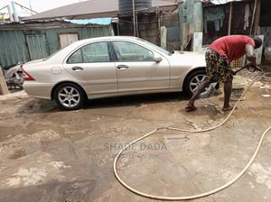 Mercedes-Benz C240 2005 Gold | Cars for sale in Lagos State, Shomolu
