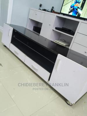 Long Length Tv Stand With Glass Demarcation   Furniture for sale in Lagos State, Ikotun/Igando