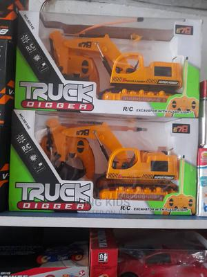 Truck Digger Rc Excavator With Light Remote Control for Kids | Toys for sale in Lagos State, Amuwo-Odofin