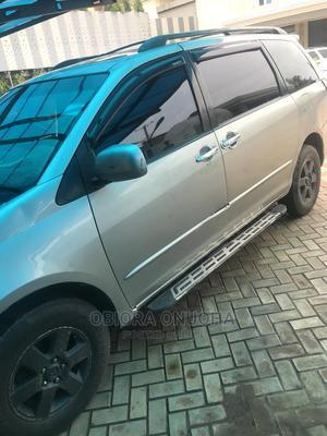 Toyota Sienna 2006 XLE Limited FWD Silver | Cars for sale in Enugu State, Enugu
