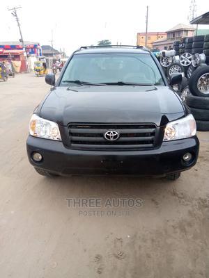 Toyota Highlander 2004 V6 AWD Black | Cars for sale in Lagos State, Amuwo-Odofin