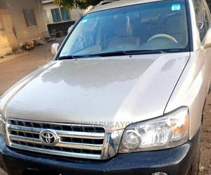 Toyota Highlander 2004 Gold | Cars for sale in Lagos State, Ipaja