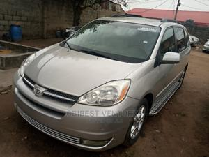 Toyota Sienna 2005 XLE Limited Gold | Cars for sale in Lagos State, Isolo