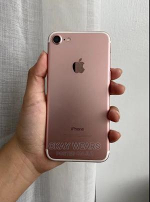 Apple iPhone 7 32 GB Gold   Mobile Phones for sale in Lagos State, Yaba