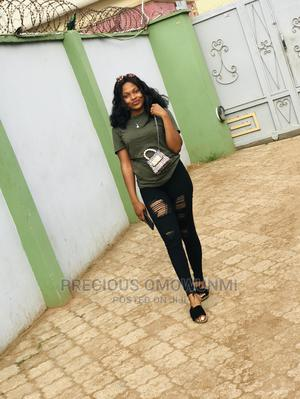 Sales Girl Urgently Neded | Sales & Telemarketing CVs for sale in Lagos State, Abule Egba