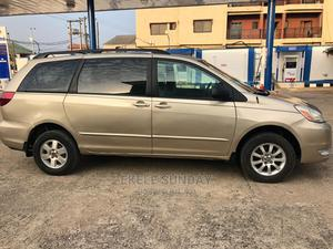 Toyota Sienna 2004 Gold   Cars for sale in Lagos State, Lekki