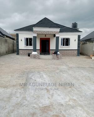 Furnished 3bdrm Bungalow in Hope Street Alakia for Sale | Houses & Apartments For Sale for sale in Ibadan, Alakia