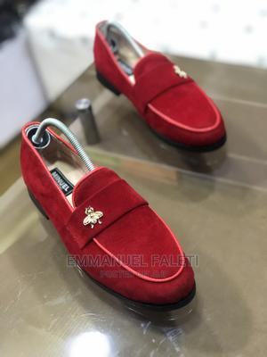 Red Velvet Belgian Lofers With Bee   Shoes for sale in Lagos State, Mushin