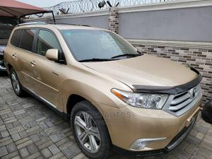Toyota Highlander 2012 Limited Gold   Cars for sale in Lagos State, Surulere