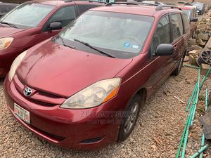Toyota Sienna 2007 LE 4WD Red   Cars for sale in Lagos State, Ojodu