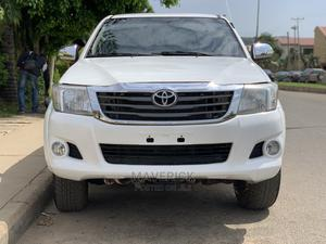 Toyota Hilux 2009 2.7 VVT-i 4X4 SRX White   Cars for sale in Abuja (FCT) State, Gwarinpa
