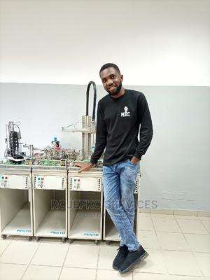 Electrical Engineer / Hybrid Technician | Engineering & Architecture CVs for sale in Lagos State, Surulere
