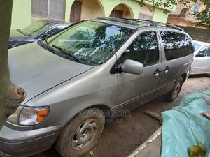 Toyota Sienna 2001 XLE Gold | Cars for sale in Lagos State, Abule Egba