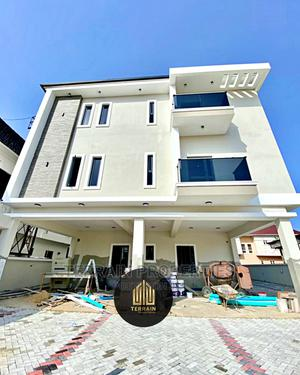 3bdrm Block of Flats in Idado for Sale | Houses & Apartments For Sale for sale in Lekki, Idado