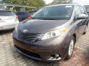Toyota Sienna 2012 XLE 7 Passenger Mobility Gray | Cars for sale in Lagos State, Amuwo-Odofin