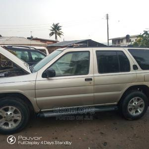 Nissan Pathfinder 2002 LE AWD SUV (3.5L 6cyl 4A) Gold | Cars for sale in Oyo State, Ibadan