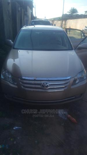 Toyota Avalon 2005 XLS Gold   Cars for sale in Lagos State, Isolo