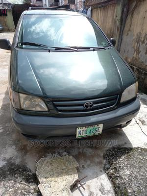 Toyota Sienna 2001 Green   Cars for sale in Lagos State, Isolo