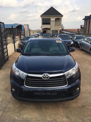 Toyota Highlander 2016 XLE V6 4x4 (3.5L 6cyl 6A) Blue | Cars for sale in Oyo State, Ibadan