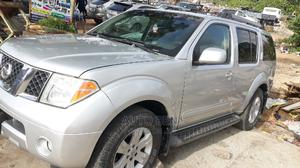 Nissan Pathfinder 2005 LE Silver | Cars for sale in Lagos State, Amuwo-Odofin