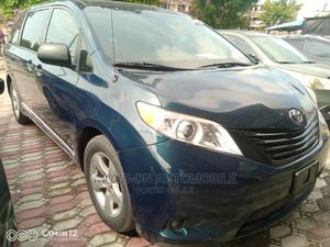 Toyota Sienna 2011 LE 7 Passenger Mobility Blue   Cars for sale in Lagos State, Amuwo-Odofin