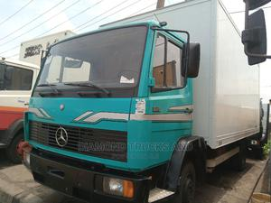 Mercedes Benz 814 Container Body Truck Green | Trucks & Trailers for sale in Lagos State, Apapa