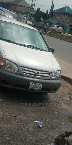Toyota Sienna 2002 CE   Cars for sale in Rivers State, Obio-Akpor