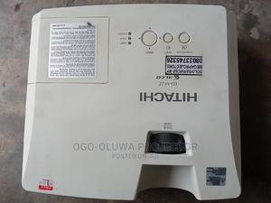 HITACHI 3lcd Projector Very Clean and Sharp London Used   TV & DVD Equipment for sale in Lagos State, Lekki