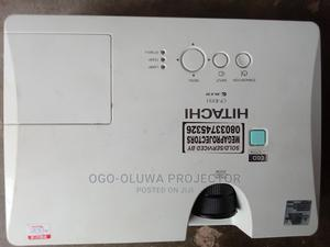 HITACHI 3lcd Projector Very Clean and Sharp   TV & DVD Equipment for sale in Lagos State, Lekki