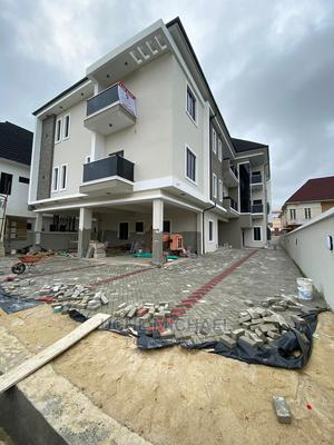 3bdrm Block of Flats in an Estate, Lekki Phase 2 for Sale   Houses & Apartments For Sale for sale in Lekki, Lekki Phase 2