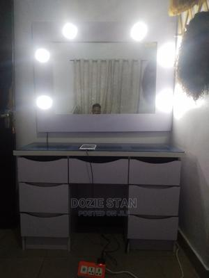 3 Months Used Dressing Mirror With Light | Furniture for sale in Lagos State, Ajah