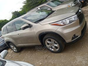Toyota Highlander 2010 Gold   Cars for sale in Abuja (FCT) State, Jabi
