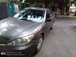 Toyota Camry 2006 Gray | Cars for sale in Abuja (FCT) State, Central Business Dis