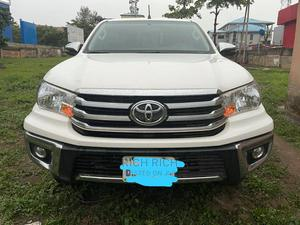 Toyota Hilux 2019 White   Cars for sale in Abuja (FCT) State, Gwarinpa