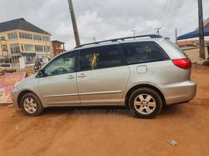 Toyota Sienna 2008 LE Gold   Cars for sale in Lagos State, Ojodu