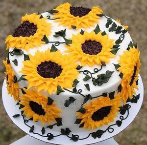 Flower Cakes | Meals & Drinks for sale in Lagos State, Lekki