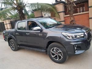 Toyota Hilux 2010 2.7 VVT-i 4X4 SRX Black | Cars for sale in Akwa Ibom State, Abak