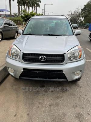 Toyota RAV4 2005 2.0 4x4 Executive Silver | Cars for sale in Lagos State, Amuwo-Odofin