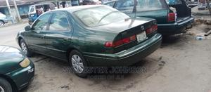 Toyota Camry 1999 Automatic Green | Cars for sale in Delta State, Warri