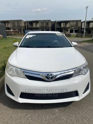 Toyota Camry 2013 White | Cars for sale in Abuja (FCT) State, Wuye