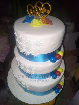 Trandition and White Wedding Cake.   Meals & Drinks for sale in Abuja (FCT) State, Kubwa