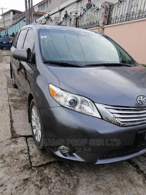 Toyota Sienna 2012 XLE 7 Passenger Mobility Gray | Cars for sale in Lagos State, Ogudu