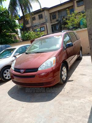 Toyota Sienna 2004 LE AWD (3.3L V6 5A) Red | Cars for sale in Lagos State, Ifako-Ijaiye