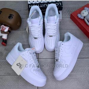 ORIGINAL Nike Unisex Sneakers   Shoes for sale in Lagos State, Lagos Island (Eko)