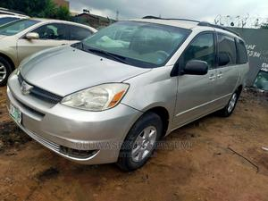 Toyota Sienna 2005 LE AWD Silver | Cars for sale in Lagos State, Ifako-Ijaiye