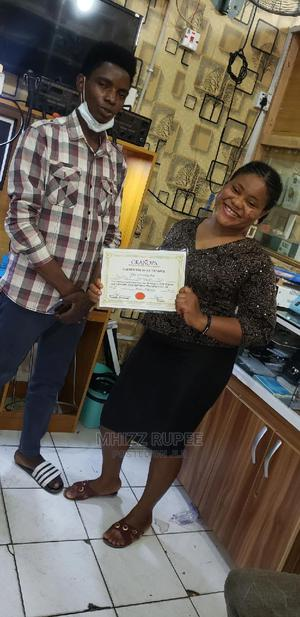 Certified Female Mobile{Phone} Laptop Engineer | Repair Services for sale in Delta State, Oshimili South