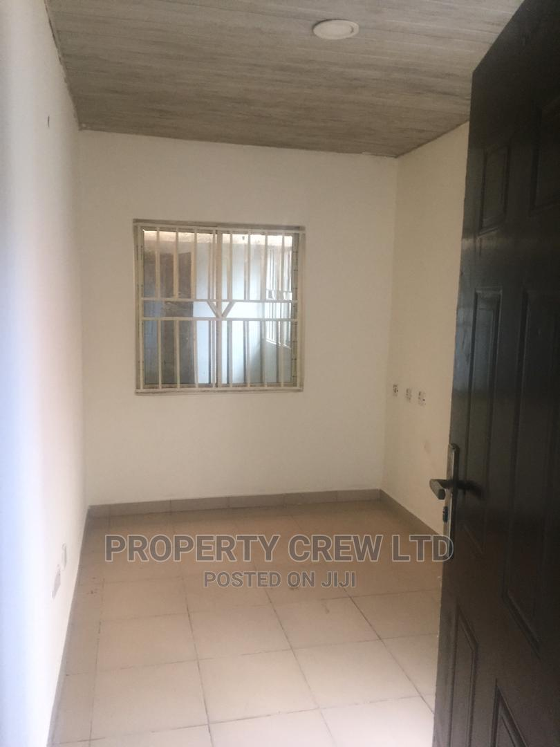 2bdrm Block of Flats in Lekki Phase 1 for Rent
