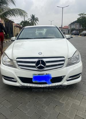 Mercedes-Benz C300 2009 White | Cars for sale in Lagos State, Ojodu