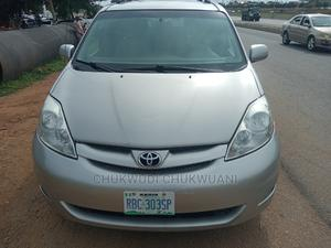 Toyota Sienna 2008 LE Gold | Cars for sale in Abuja (FCT) State, Jahi