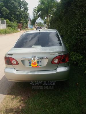 Toyota Corolla 2004 Sedan Automatic Silver | Cars for sale in Edo State, Benin City